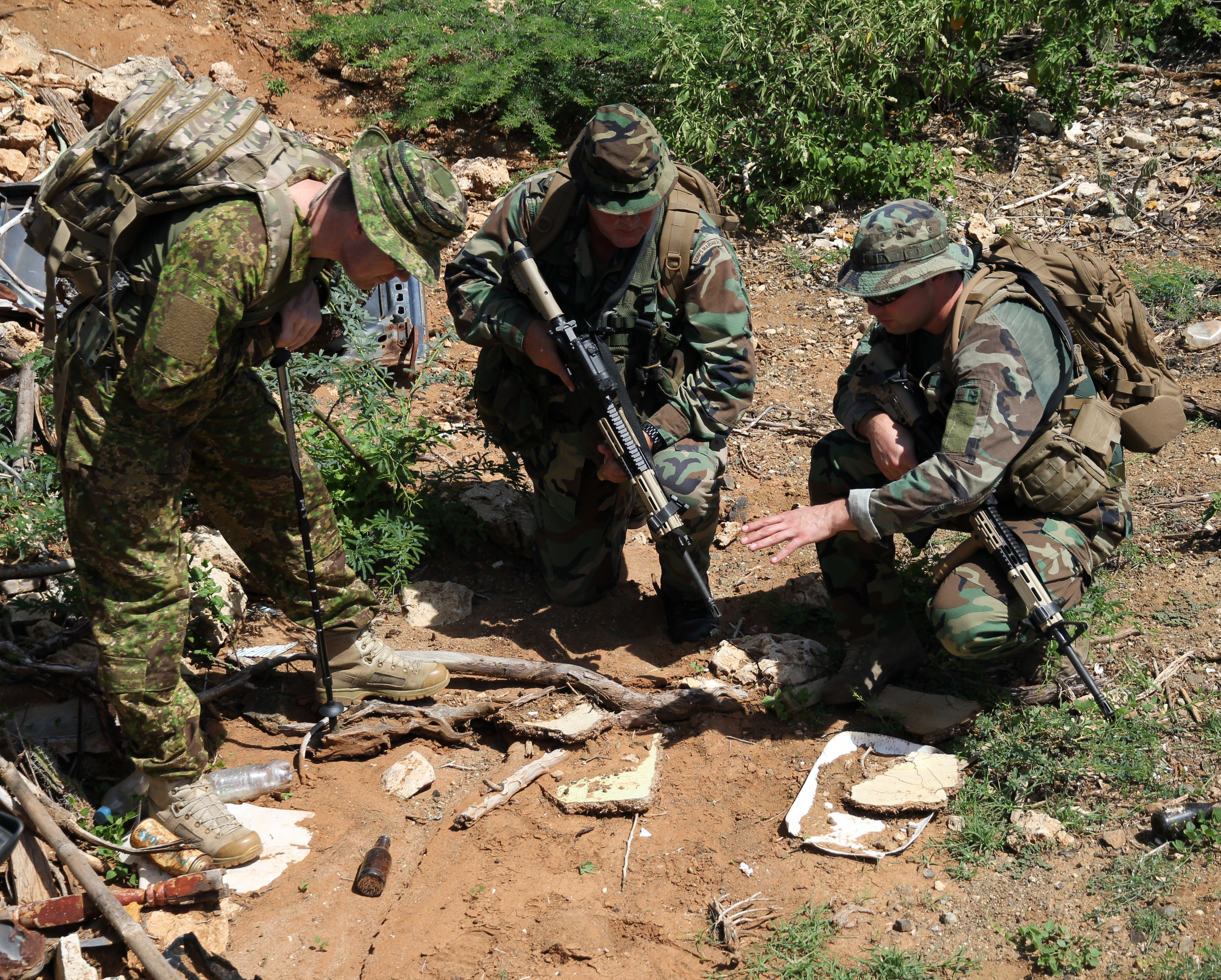 military tracking pencari training